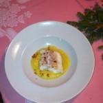 La Stua de Zach piatto vincitore Merluzzo arrostito e colato al miele su crema di patate e porro alla polvere di speck. A parte mele marinate all'agro